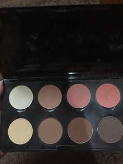 MAKEOVER PROFESSIONAL HIGHLIGHT AND CONTOUR PALETTE