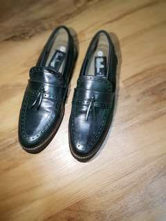 Sepatu loafer/ oxford shoes/vintage