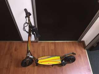 *** GSS SALE ***haviea children escooter new