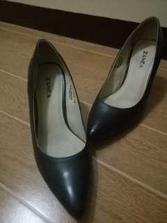 Black Zanea Heels