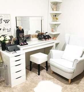 Sale Vanity set!