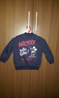 Mickey mouse design sweater for boys!
