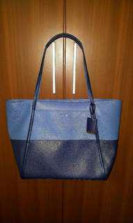 Brand new TUMI bag for sale!