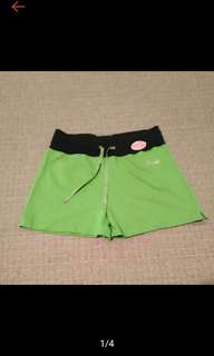 🚚 全新 純棉 草綠色 休閒短褲 短褲