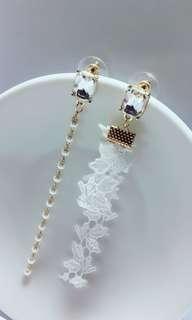 🚚 鋼針花緞帶耳環