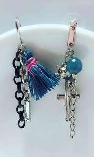 🚚 鋼針十字架鐵鍊耳環