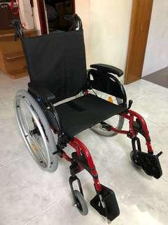 Rehasense ICON30SP 18 inch Lightweight Detachable Wheelchair