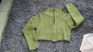 Jaket wool crop
