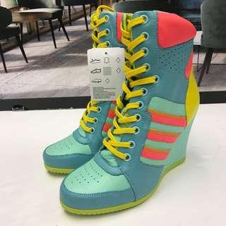 本店精選特價貨品全新Adidas Ankle Sneaker