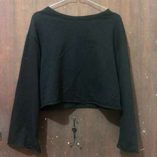 h&m crop sweater sweatshirt hitam