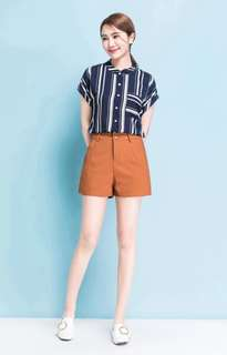 Linear Shorts in Coco Brown