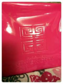 Givenchy.全新.正版.錢包.化妝袋.粉紅色Givenchy Gift Bag