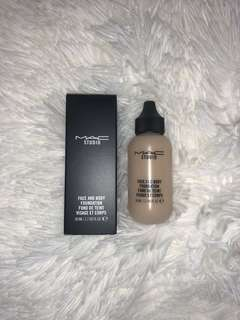 NEW Mac Face and Body Foundation C2
