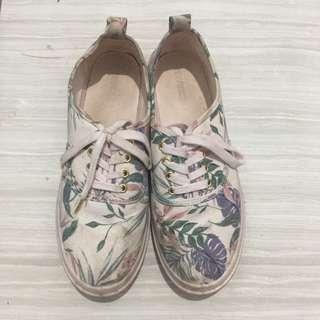 Hnm sneakers