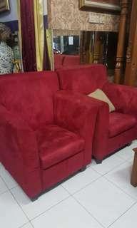 Sofa santai bahan beludru empuk ada 6 pcs harga per pcs