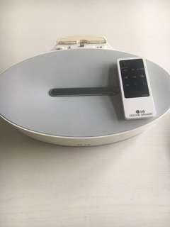 LG docking speaker