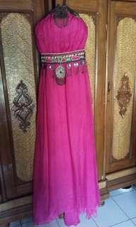 Gaun arab saudi