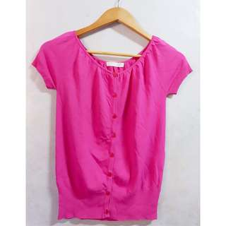 Stretchable pink button down top