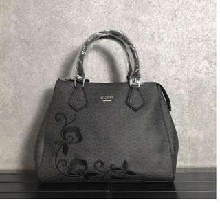 GUESS EMBROIDERY 2way Bag