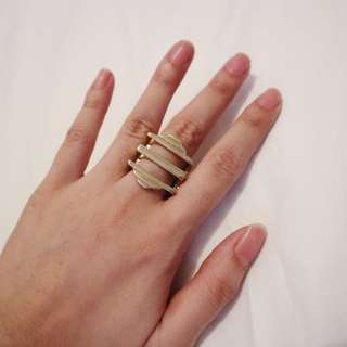 The tripe large ring