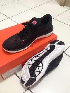 Sepatu ORIGINAL Nike Flex 2017 Running Men