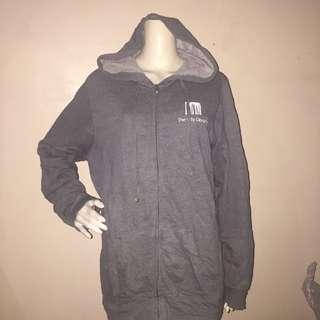 Gray plus size sweatshirt with hood and zipper xl