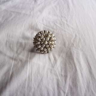 Large pearl cocktail ring