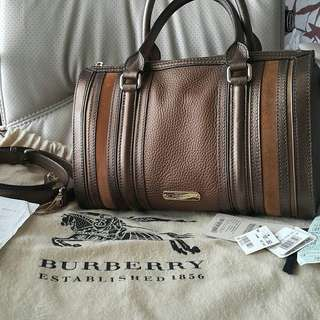 EXCELLENT ALL LEATHER MADE IN ITALY Preloved Burberry Alchester Bowling Bag