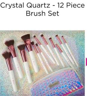 Crystal Quartz - 12 Piece Brush Set