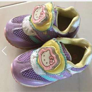🚚 Hello Kitty baby / kids shoe , with sparking glowing lights.