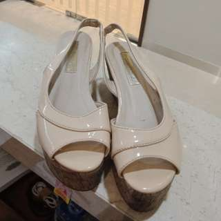 Wedges Marie Claire Nude size 36