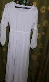 Baju muslim terusan putih polos