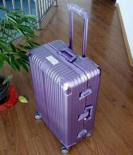 鋁框合金行李箱