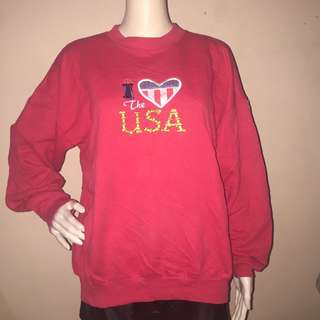 I ❤️ THE USA red sweatshirt large
