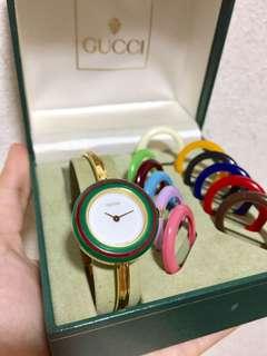 Gucci 彩虹錶