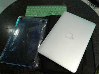 macbook air core i5 4gb ram 128gb flash storage mid 2011