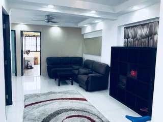 HDB 4A with 2 ensuite