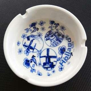Pajangan Asbak Keramik Holland Buat Souvenir Di Jakarta