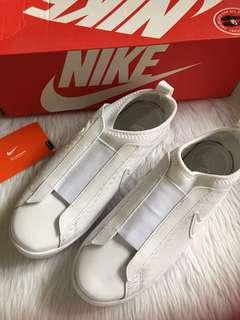 Nike slip ons women