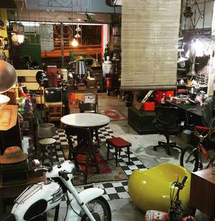 Antique, Vintage & Props Shop