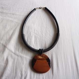 Wood pendant statement necklace