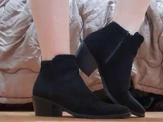 F21 black boots