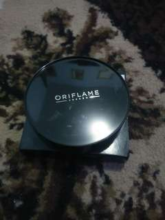 BEDAK PRESSED POWDER ORIFLAME