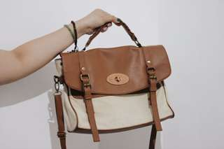 Old-fashioned bag