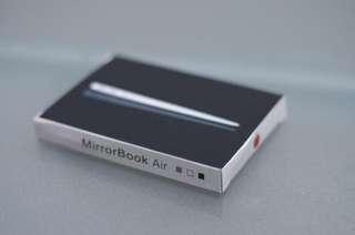 Macbook Air - Compact Mirror
