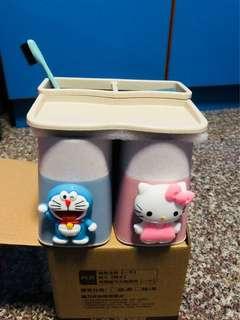 BN Doraemon/Kitty Toothbrush Holder