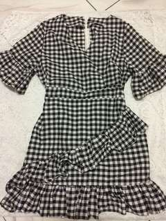 Checkered Dress! 💃🏼