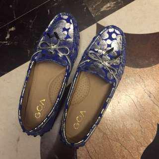 🚚 藍色豆豆鞋