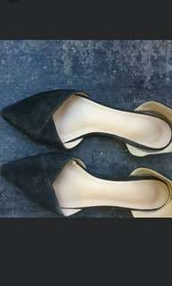 Parisian Pointed Shoes/ Flats