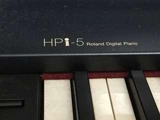 Roland HPi-5 Digital Piano